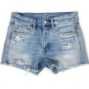 American Eagle Distressed Jean Short Size 0